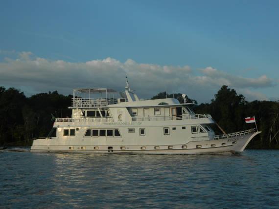 pacotes de pesca com barco hotel